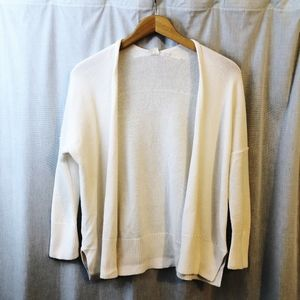 GAP Sweaters - GAP 100% Cotton White Slouchy Cardigan